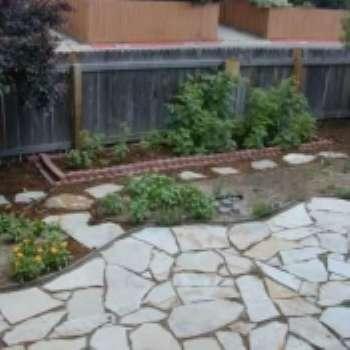 Дизайн мощения в саду